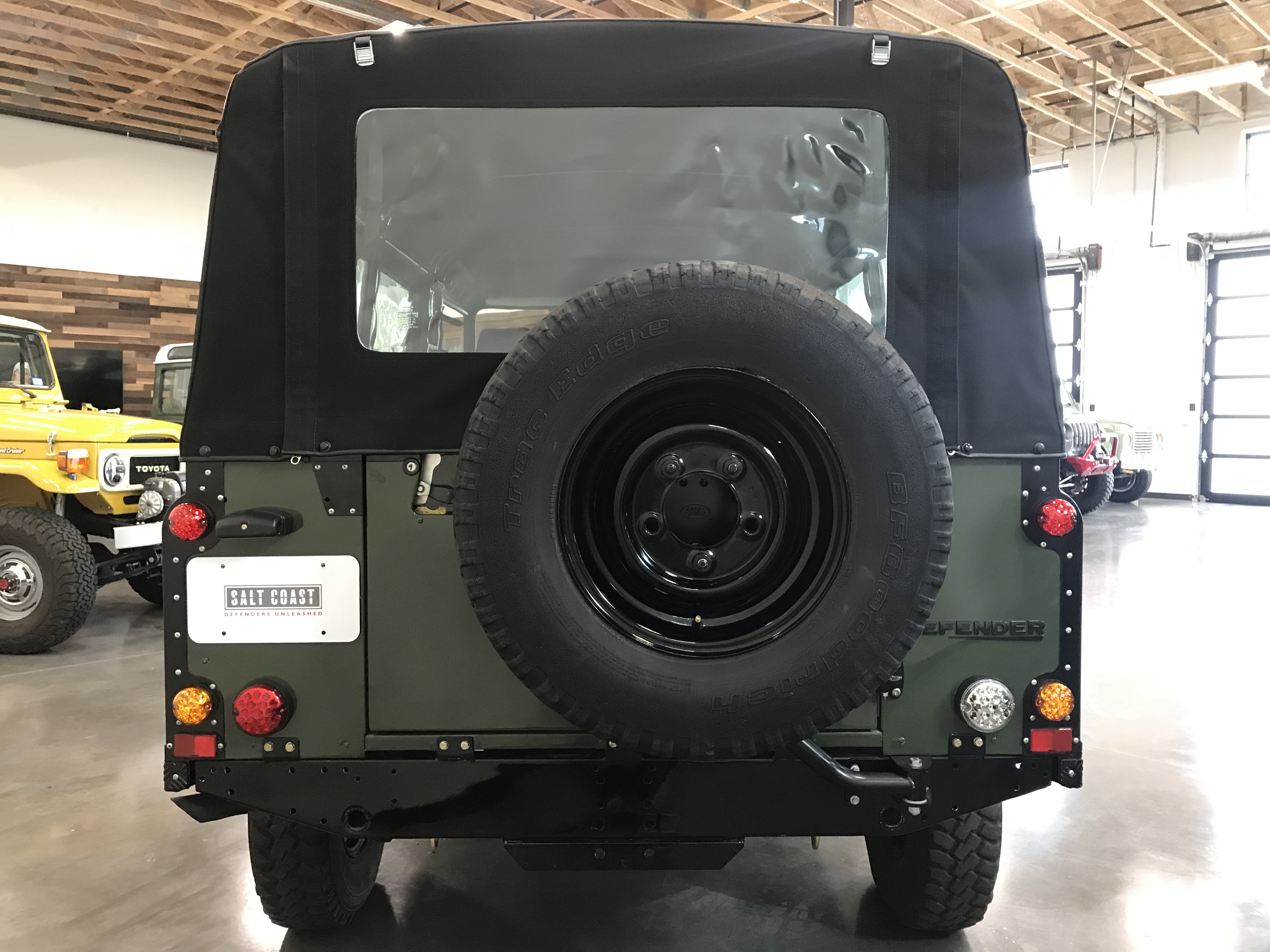Pre-Owned 1992 Land Rover Defender 110